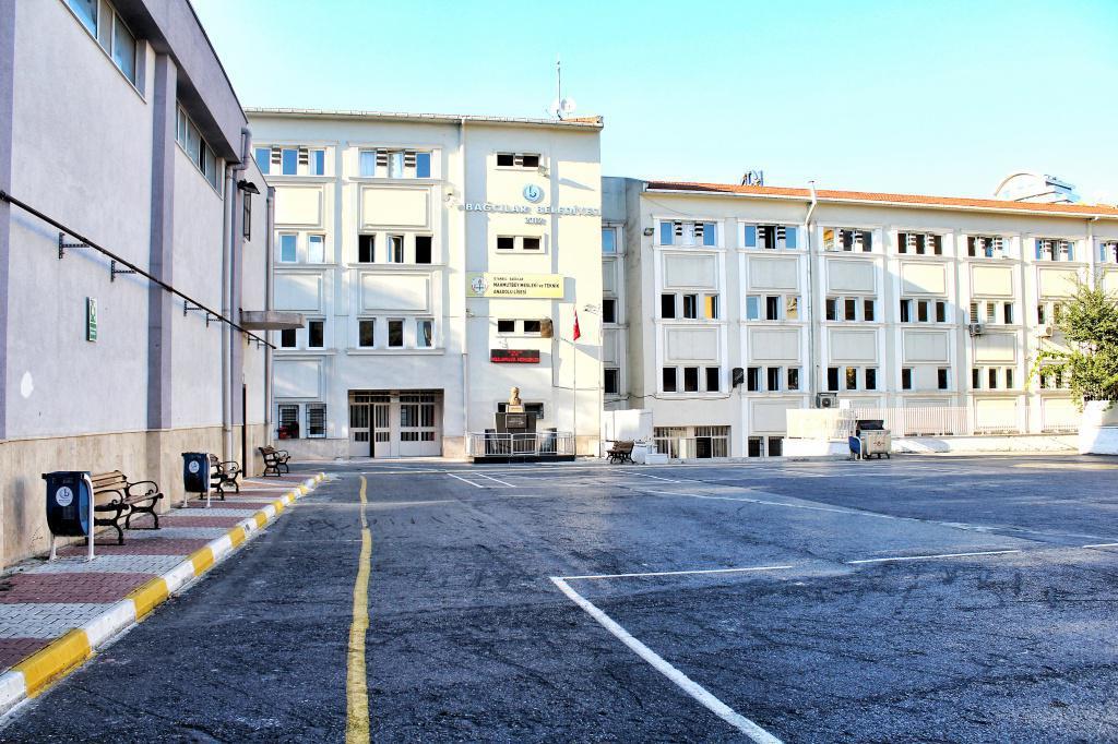 Spor Salonu ve Mahmutbey MTAL